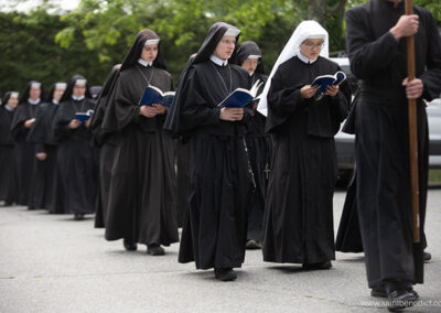 Sisters MICM in Procession